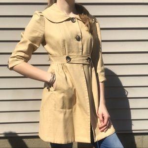 Lily Pulitzer Tan Peter Pan Collar Trench Coat
